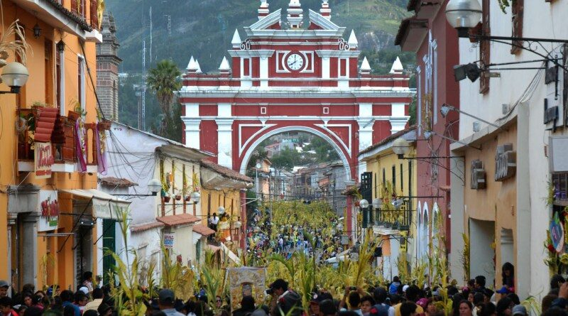 Semana Santa en Ayacucho Festividad Religiosa