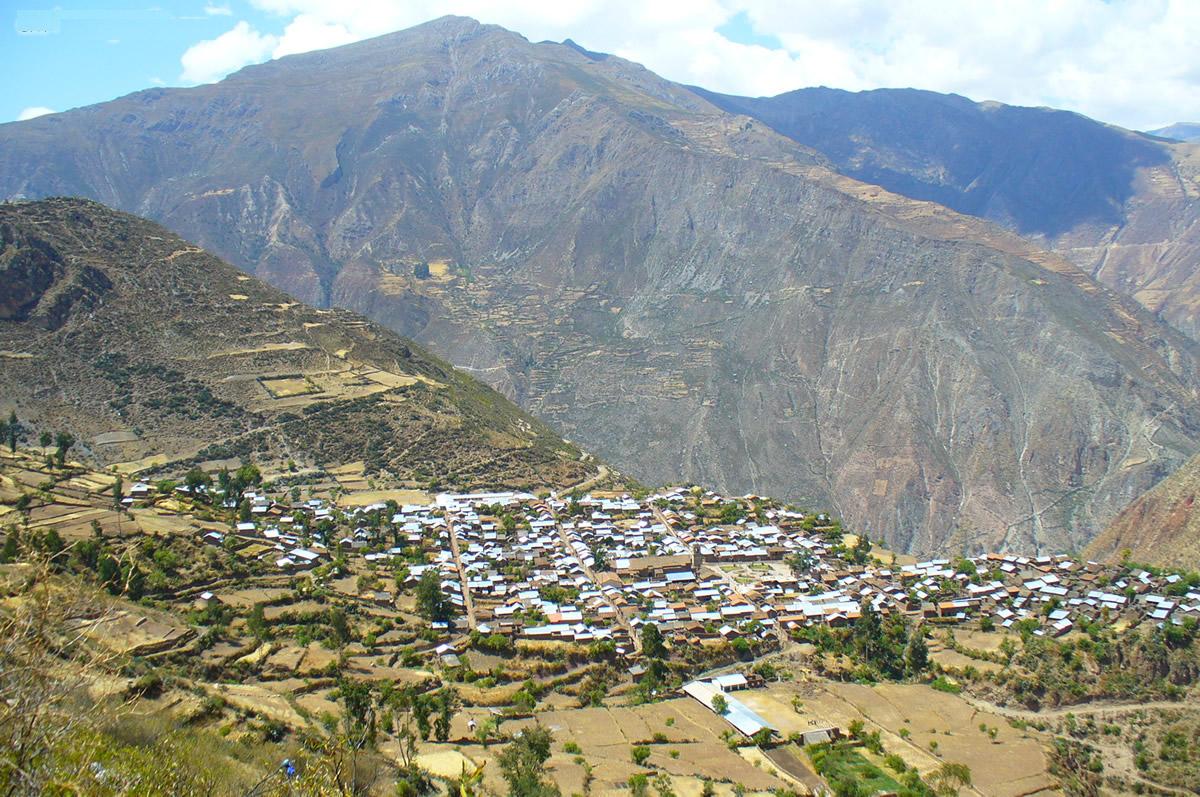 Sarhua un lugar para visitar a unas horas de Ayacucho